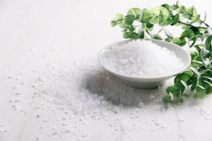 邪気払い 塩